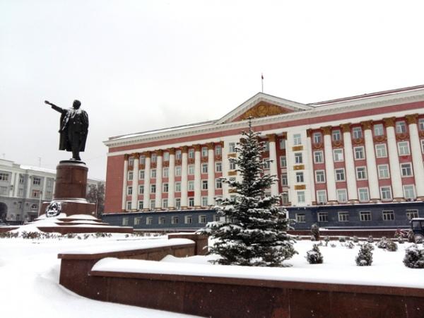 Старовойт прокомментировал информацию о ремонте здания Домма Советов и памятника Ленину